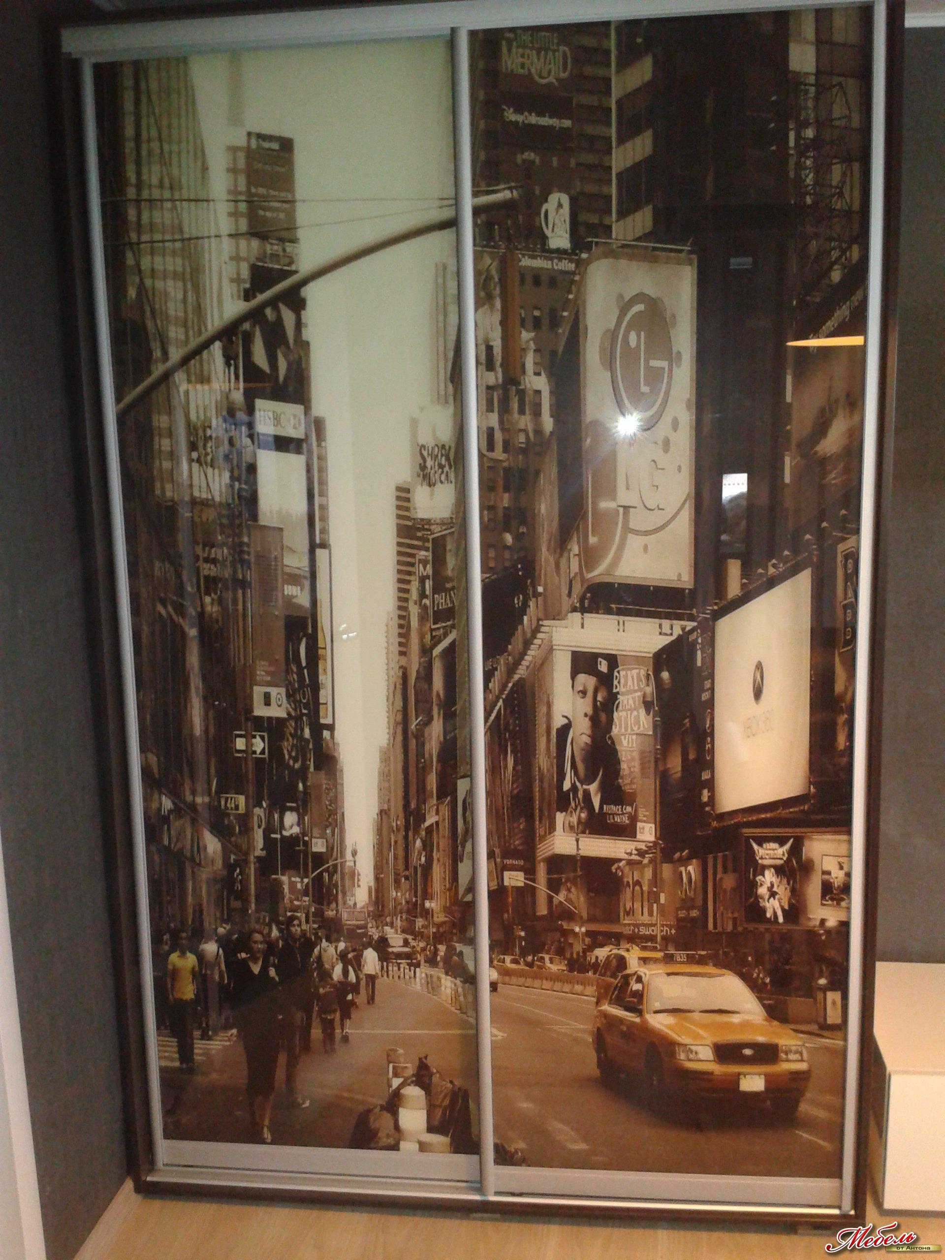 шкаф-купе с фотопечатью на стекле