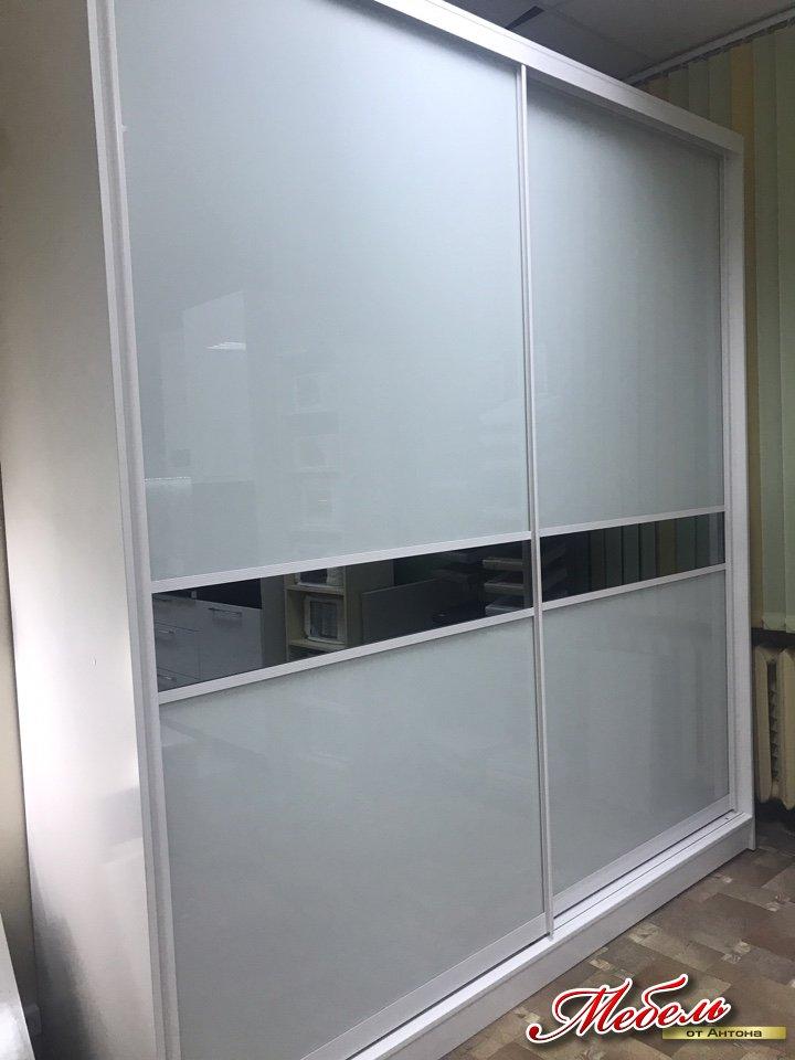 """шкаф-купе со вставками из стекла """"Лакобель""""+зеркало """"графит"""""""
